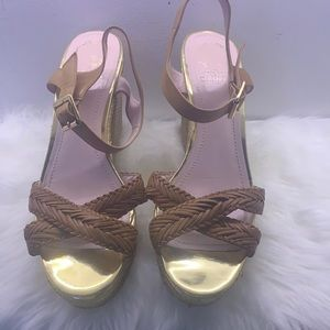 Really pretty vince camuto  heels
